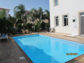 5*YASMIN VILLA CENTRAL PROTARAS STRIP
