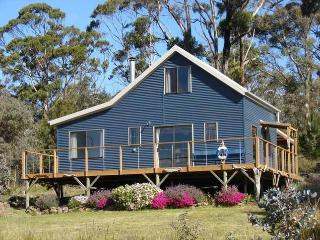 Tasman peninsula retreat, White Beach