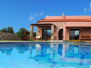 4 Bedroom Luxury Villa in Litsarda, Chania, Crete
