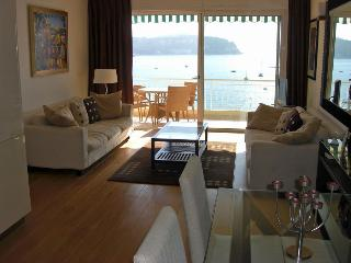 Le Neptune - de Luxe apartment with a view !, Villefranche-sur-Mer