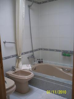 Bathroom, Bath, Shower, Toilet & Bidet