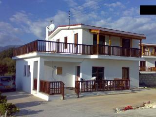 Lania Royal Oak Villa