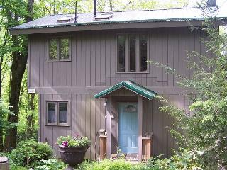 Mountain Memories is a unconventional tree house on 6 acres, near the Parkway, Blowing Rock