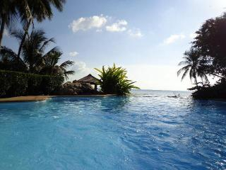 Beachfront villa with breathtaking view of Nathon Bay and beautiful sunset