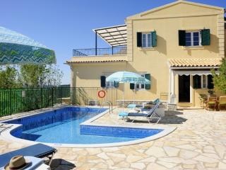 Villa Nestoras - 2 bedrooms with private pool & Wi-Fi !!!, Nissaki