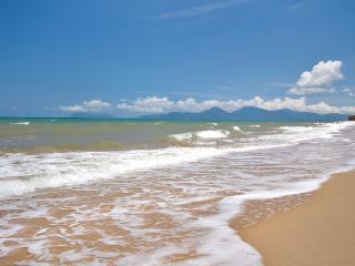 Oceansprey Beachfront Apts