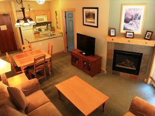 2BD/2BA Ski-in, Ski-out Sunstone at Juniper Springs Resort, Mammoth Lakes