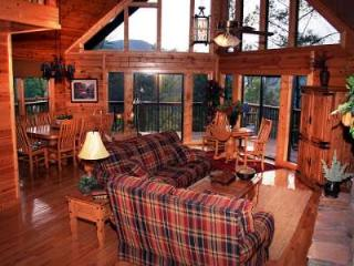 SPECTACULAR SMOKY MT. VIEW LUXURY CHALET 5 BR 3BTH, Sevierville