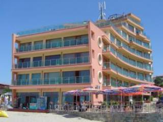 Sunny Bay Estates, Sunny Beach