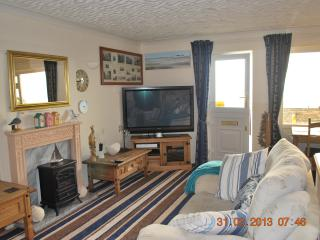 Sit and relax after a day of sight seeing or sunbathing with Sky Freeview on our 50in flat screen TV