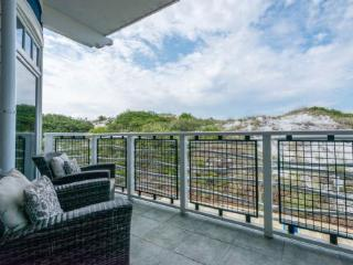 207 Compass Point 1