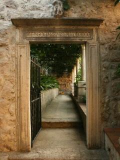 experience old Dubrovnik at Jardin