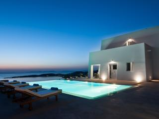 Taxiarhaki Luxury Estate, Paros