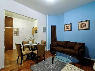 Colourful and clean UES 1 Bed home by some of New York's famous attractions