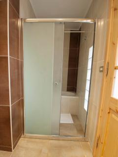 Ground floor private bathroom next to master bedroom