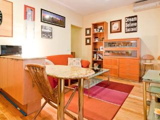 Great Location with high speed wifi, Madrid