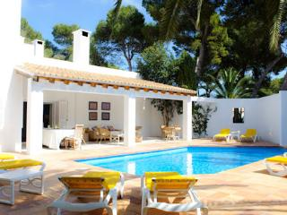 6 bedroom Villa in Cala d'Or, Balearic Islands, Spain : ref 5000761