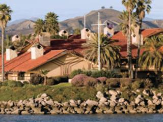 1 Bedroom 2 Bath Condo Harbortown Point, Ventura