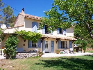 Les 2 Palmiers, peacefull holidays in Provence