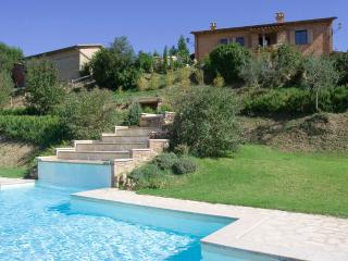 Giovancorso Villa Sleeps 18 with Pool and WiFi - 5762294