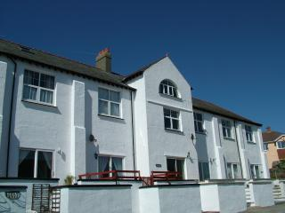 Lanteen, Trearddur Bay