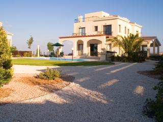 Rear Garden & Private Pool