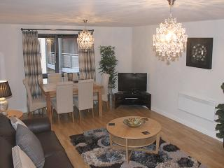 Fabulous Baltic Quay Apartment with River View, Newcastle upon Tyne
