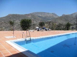 Stor pool och terrass; mer fantastiska naturscenerier