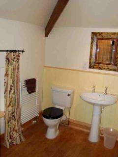 Manor Cottage bathroom