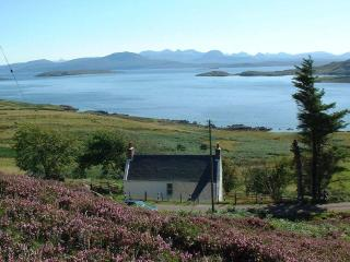 Bruaich Rainich - Self Catering accomodation with spectacular views overlooking the Summer Isles