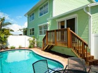 Key Lime Cottage West ~ RA43579, Holmes Beach