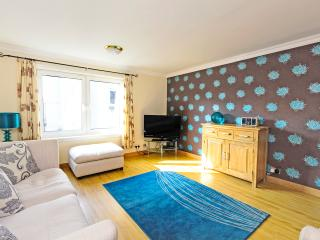 Holyrood Palace Area for 5, Edimburgo