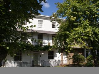 Garden Apartment, Leamington Spa