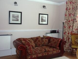 Apt B lounge