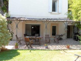 Canet d'Aude French villa rentals with private pool sleeps 10