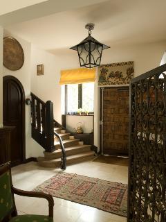 Hiru Anaiak- Entry of the villa