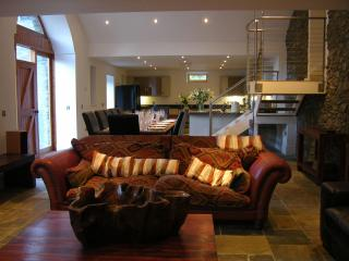 The Mill House at Ormidale - rated 5 star by 95% of guests, pool, hot tub, sauna