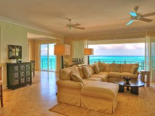 Regent Grand - 3br Suite and Studio, Providenciales