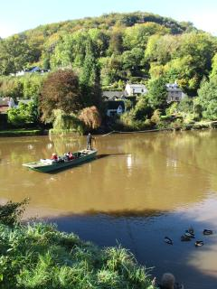 Hand-pull ferry at Symonds Yat