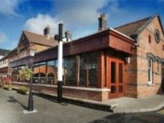 E2 Station House , Clifden