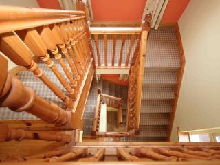Feature stairs over 3 floors