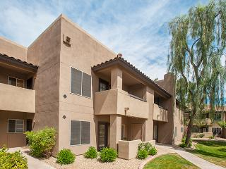 Modern & Elegant 1BR Condo in Beautiful North Scottsdale - The Heart of the Phoenix Metro Area