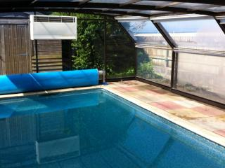 Ferry House Private Pool Hot Tub Free Parking  Beach Sea Front Unlimited Wifi
