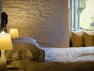 Little Grove Bedroom