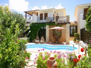 25 Hestiades Greens, Pafos