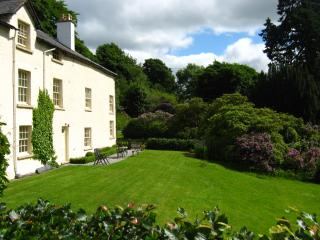 Plas yn Yale, amazing mountain views from all windows