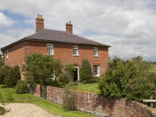 Mill Farm House, Poulshot