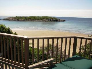 Rosemarc House: 180-degree ocean views & a private beach, Gloucester