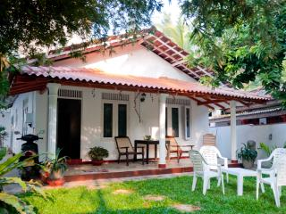 Blanca Cottage • Unawatuna Beach Villas