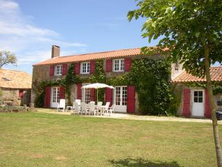 Les Vieilles Eaux - Farmhouse, Lucon